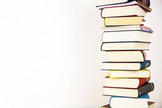 books-5937823_640.jpg